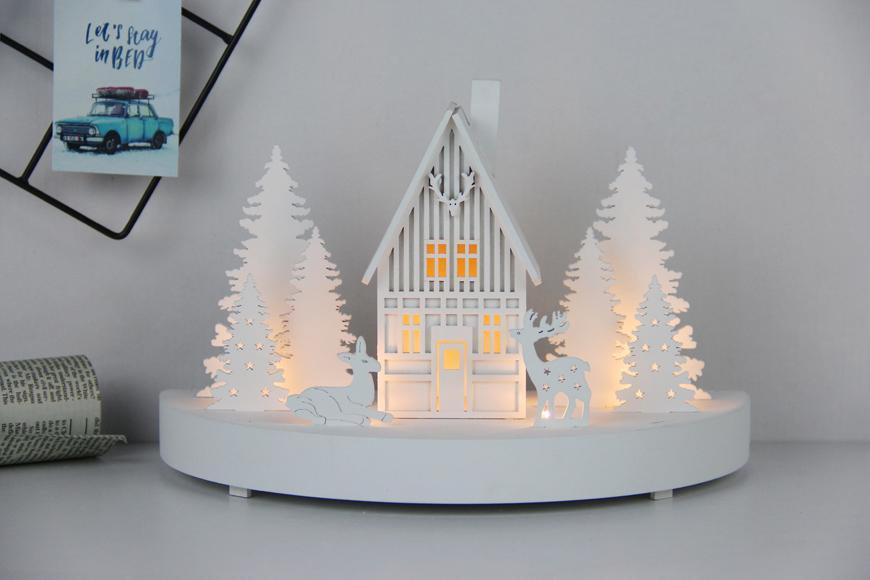 Dekorácia MagicHome Vianoce, Horáreň, 6 LED, MDF, 2xAAA, 25x12x28 cm