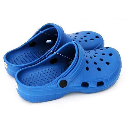 Sandále Crocks 7450 37