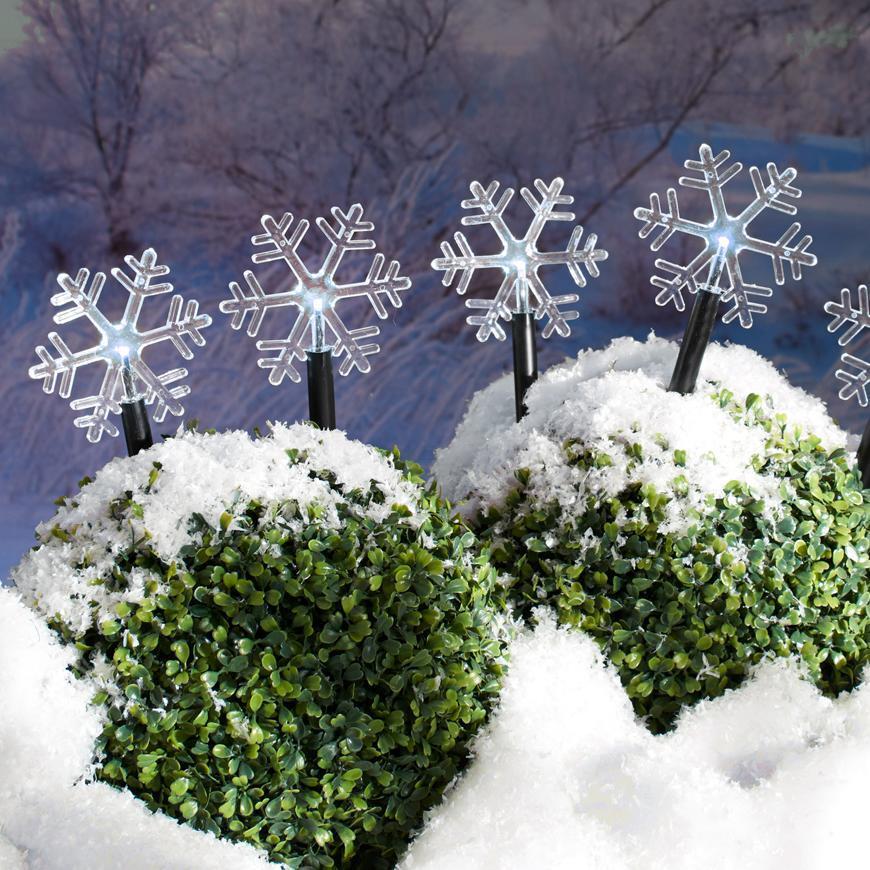 Reťaz MagicHome Vianoce Frozen SnowFlake, 5 LED studená biela, 3xAA, IP44, exteriér, L-1,40 m