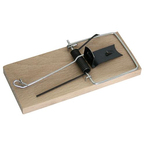 Pasca KDO 801, na myši, drevená