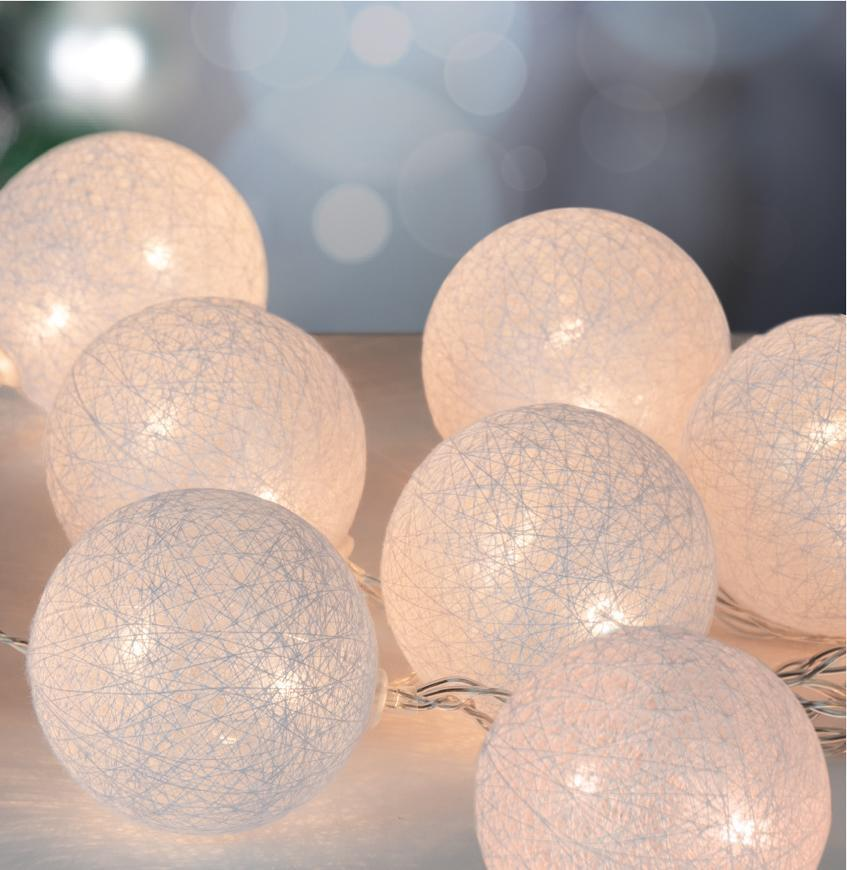 Reťaz MagicHome Cotton Balls White, 10 LED teplá biela, PE/bavlna, 2xAA, jednoduché svietenie, L-1,3